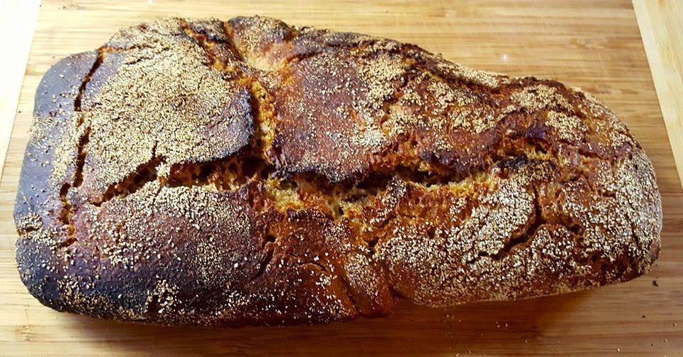 první vlastnoručně upečený chleba